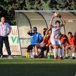 Massimiliano Guiducci davanti la panchina della Vigor Senigallia